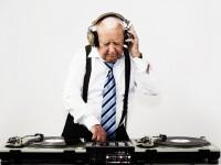 聴覚障害者の参政権について -「無言の政見放送」事件-